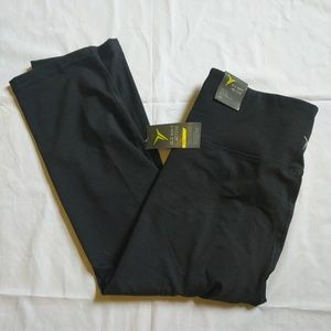 Old Navy high rise fitted cropped work out legging